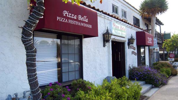 Pizza Bella Entrance